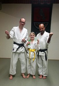 Karate-Kinder-Training Vanessa Pass voll